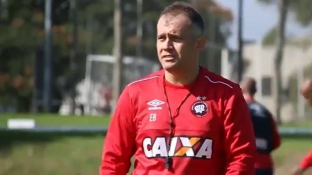 Veja o primeiro treino de Eduardo Baptista como técnico do Atlético-PR