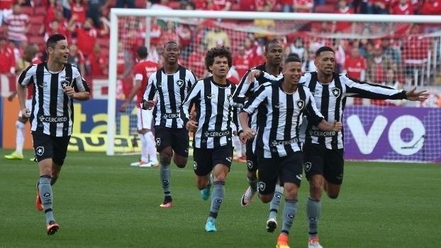 Resultado de imagem para Botafogo x Internacional