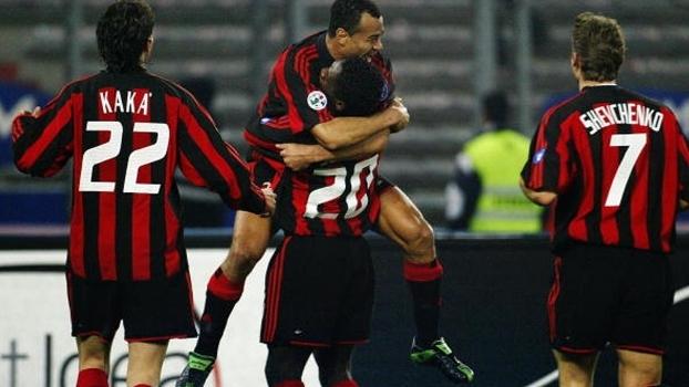 Show de Seedorf e gol de Shevchenko: em 2004, Milan bateu Juventus em Turim