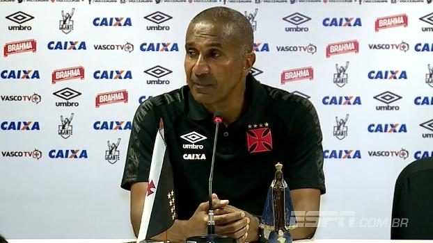 Cristóvão Borges diz que todos terão chance no Vasco e elogia chegada de Luis Fabiano