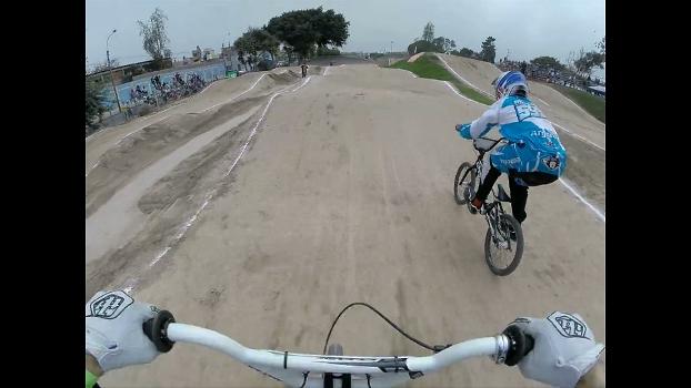 ASSISTA! Com chegada emocionante, Rezende é campeão da Copa del Pacífico | Bike é Legal