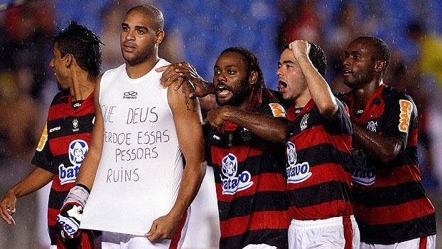 Com gol de Adriano, Fla bateu o Vasco de Philippe Coutinho e Prass em 2010