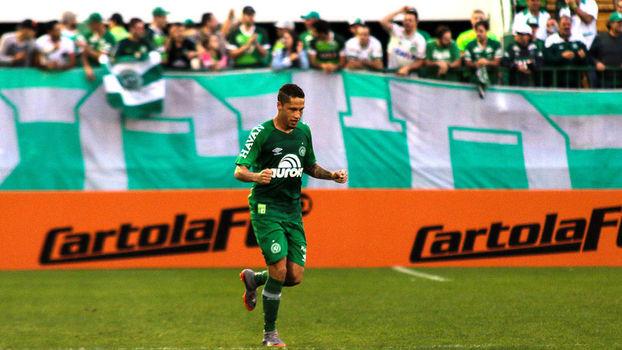 Brasileiro: Gol de Chapecoense 1 x 0 Ponte Preta