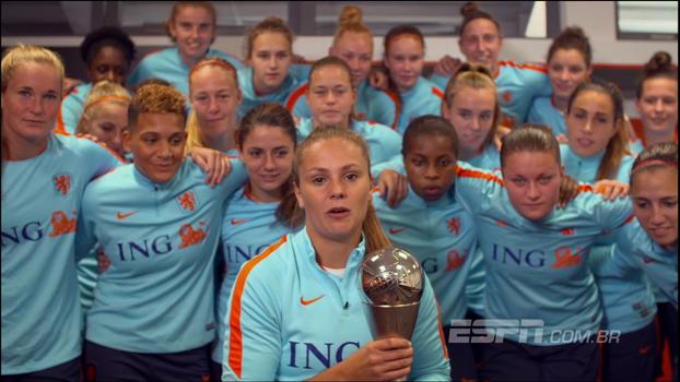 Lieke Martens é eleita a melhor jogadora do mundo