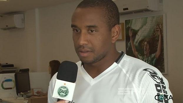 Anderson comemora chegada ao Coritiba e destaca conquista da Champions League