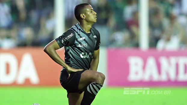 Veja lances do zagueiro que assinou com o São Paulo até dezembro de 2020