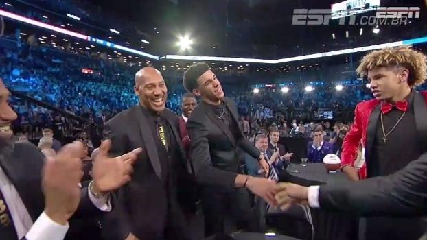 'Falastrão', pai de Lonzo Ball garante Lakers nos playoffs na próxima temporada