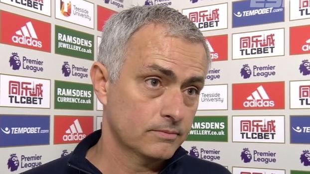 Mourinho volta a condenar calendário exaustivo do United: 'Muito pesado para nós'