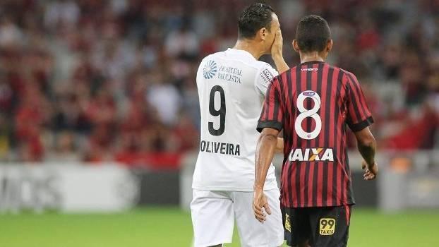 Assistir Santos x Atlético-PR ao vivo 01/10/2016