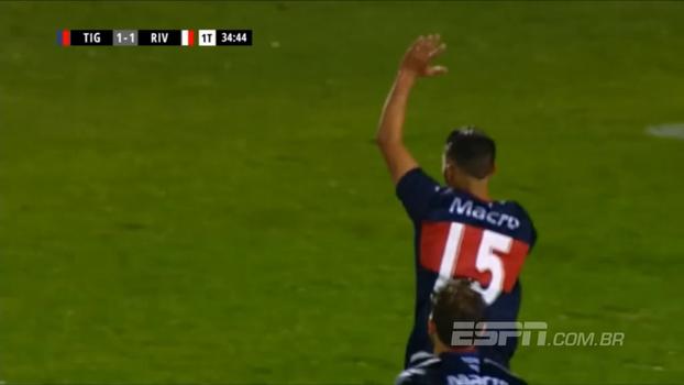 Scocco marca, mas River sofre empate do Tigre e vê Boca abrir vantagem