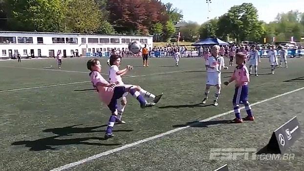 'Nova ótima geração belga': jovem de 11 anos do Anderlecht é sensação nas redes sociais
