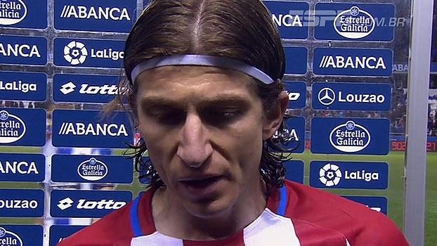 Filipe Luís fala sobre convulsão de Fernando Torres: 'Ficamos todos assustados'