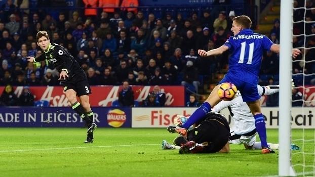 Assista aos melhores momentos da vitória do Chelsea sobre o Leicester por 3 a 0