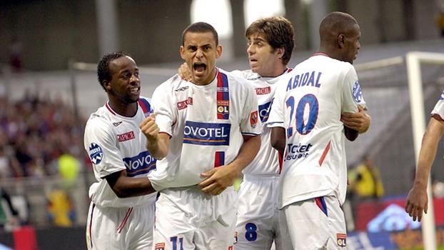 Gols de Juninho Pernambucano, Fred e Malouda deram vitória ao Lyon sobre o Lille em 2006