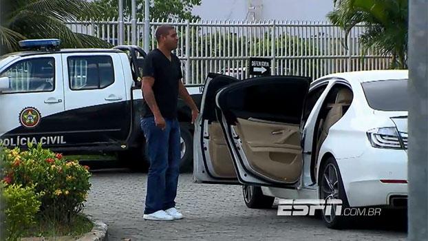 Em rápido acordo, Adriano terá que desembolsar cerca de R$ 110 mil após caso de acidente