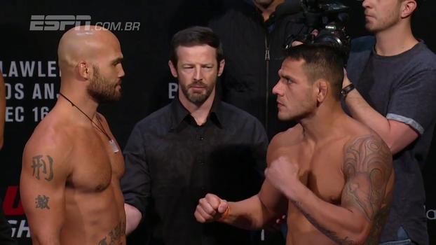 Antes do UFC Winnipeg que pode garantir sonho do cinturão, Rafael dos Anjos faz encarada com ex-campeão Robbie Lawler