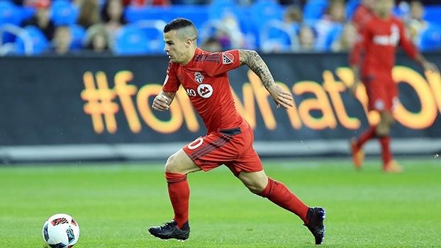 Giovinco faz três, e Toronto FC vence DC United na MLS