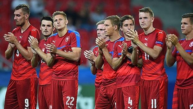 Assista aos gols da vitória da Dinamarca sobre a República Tcheca por 4 a 2!