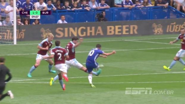 Tempo real: Gol do Chelsea! De chapa, Eden Hazard marca golaço e abre o placar contra o Burnley