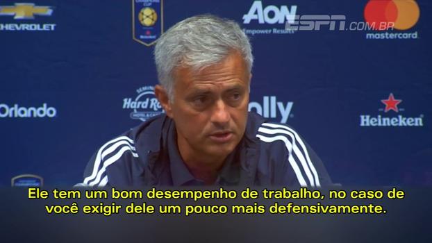 José Mourinho fala sobre a promessa do United, Marcus Rashford: 'Pode jogar em todos os lugares'