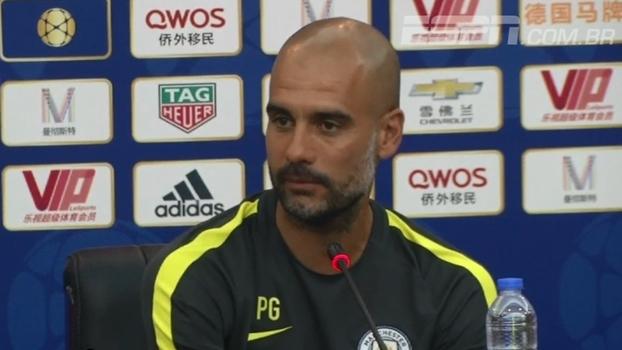 Guardiola não quer jogadores acima do peso no Manchester City e pede atletas no 'auge da forma'