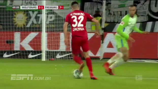 Wolfsburg vence Freiburg e se afasta um pouco mais da zona perigosa da Bundesliga