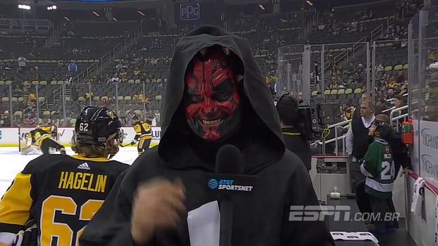 Todos os personagens possíveis e até repórter fantasiado: veja como NHL viveu a 'Noite Star Wars'