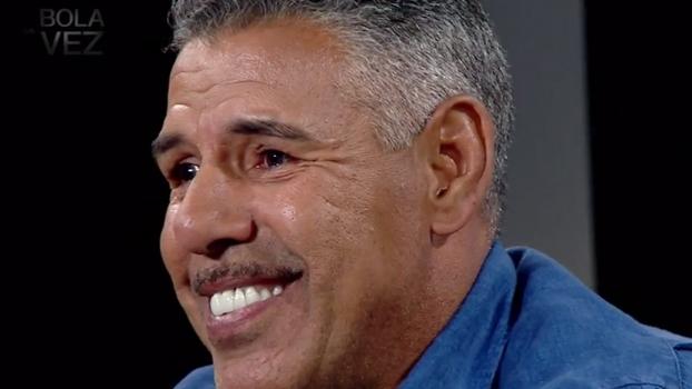 Filho de criação, Toninho Cerezo lembra infância sofrida e diz: 'Grande terapia minha foi o futebol'