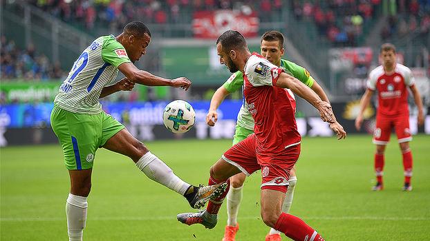 Wolfsburg fica no empate com o Mainz e perde chance de subir na tabela