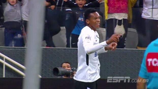 Corinthians vence Bahia e segue líder; Flávio Ortega mostra como foi o jogo