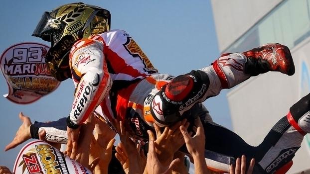 Veja imagens da vitória de Marc Márquez na etapa do Japão de MotoGP