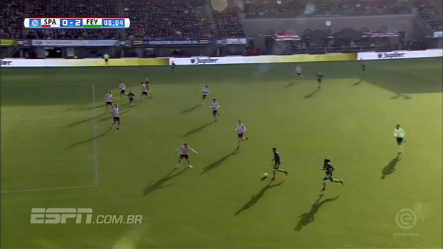 Massacre! Com direito a pintura e gol por cobertura, Feyenoord vence clássico de Roterdã por 7 a 0