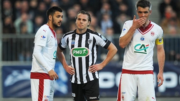 Angers vence Bordeaux e vai à semi da Copa da França