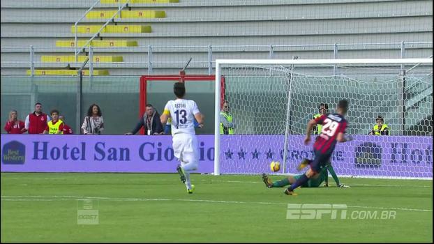 Com 3 minutos arrasadores, Crotone bate a Fiorentina e sai da zona de rebaixamento; veja os gols