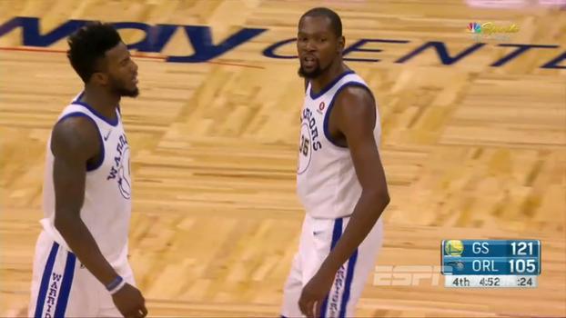 'Cuspindo marimbondos!': veja como Kevin Durant foi expulso após xingar árbitro