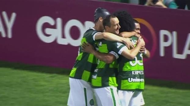 Brasileiro: Gol de Chapecoense 1 x 0 Coritiba