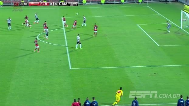 Tempo real: Atlético leva perigo ao gol do Flamengo com sequência de chutes