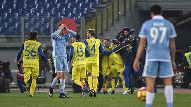 Chievo vence Lazio fora de casa pelo placar mínimo com gol no último minuto