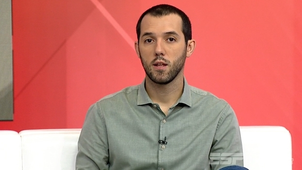 Hofman elogia 'excepcional' Rômulo: 'Tem potencial para jogar na Seleção Brasileira'