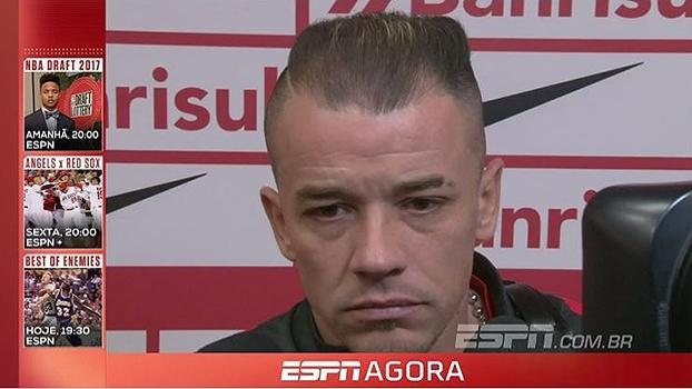 Guto Ferreira admite atuação ruim e D'Alessandro entende insatisfação: 'Partida foi feia'