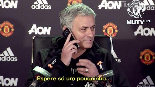 Na sexta-feira 13... Mourinho esbanjou bom humor em coletiva quando celular tocou; veja