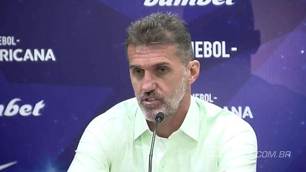 'Satisfeito', Vagner Mancini lamenta expulsão, mas aposta: 'Podemos reverter'