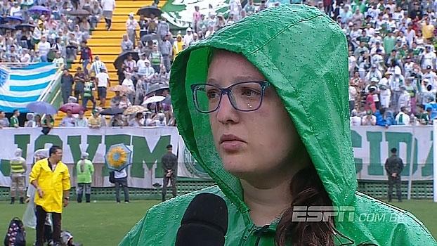 Na Arena Condá, blogueira da Chapecoense comenta perfil família do time e lamenta momento: 'Só dói'