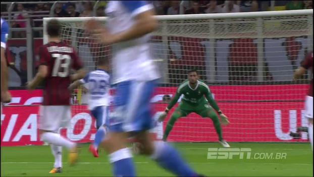 Incrível! Goleiro do Milan faz defesa cara a cara e salva time italiano