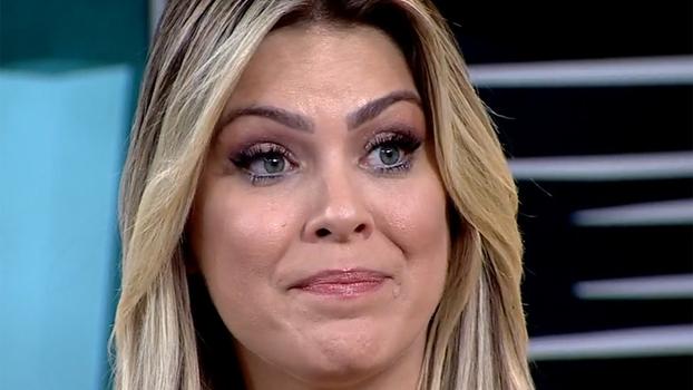 Renata Fan chora com mensagem do pai e conta como reagiu ao rebaixamento do Inter: 'Momento constrangedor'