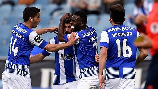 Ruben Neves marca golaço de primeira, e Porto vira pra cima do Academica