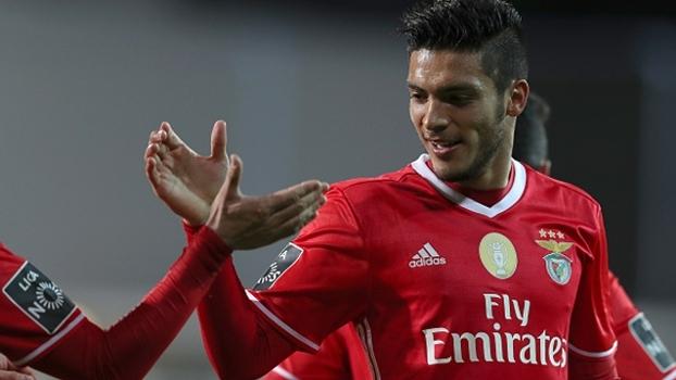Benfica vence fora de casa, segue líder e volta a abrir 4 pontos de diferença do Porto