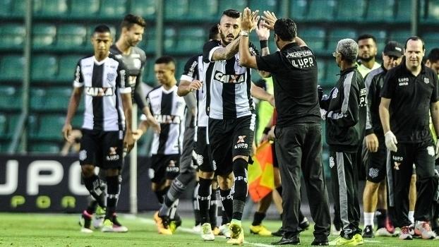 Brasileiro: Gol de Figueirense 1 x 0 Fluminense
