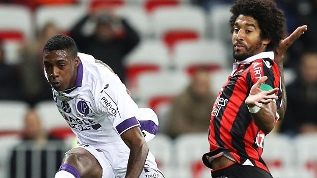 Com duas assistências de Dante, Nice vence Toulouse e segue líder do Francês
