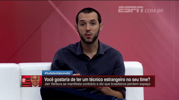Hofman analisa declaração de Jair e cita jogadores estrangeiros do Botafogo: 'Não consigo diferenciar o raciocínio para técnico e jogador'